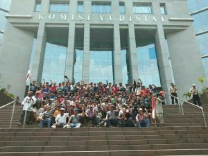 Buruh Freeport Komisi Yudisial